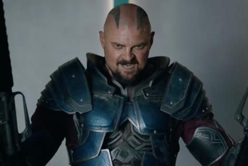 Karl Urban in Thor Ragnarok