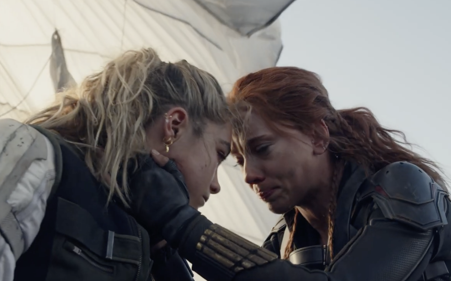Scarlett and Florence in Black Widow